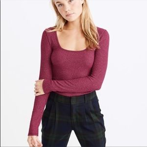 Abercrombie & Fitch Long sleeve square neck tee